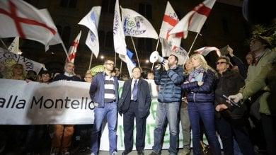 """Montello, presidio anti profughi con Salvini  Attacco al sindaco: """"Sono il regalo di Salah"""""""