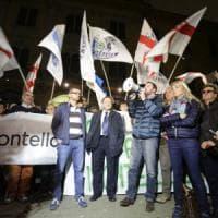 Profughi, la polizia contro il richiamo alla disobbedienza di Salvini:
