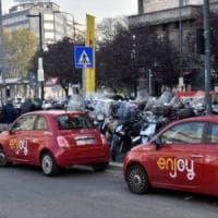 Enjoy ancora nel mirino a Milano, ladro ruba auto e si schianta: arrestato
