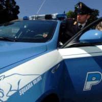 Milano, topo d'appartamento tenta di investire due poliziotti durante la fuga: arrestato