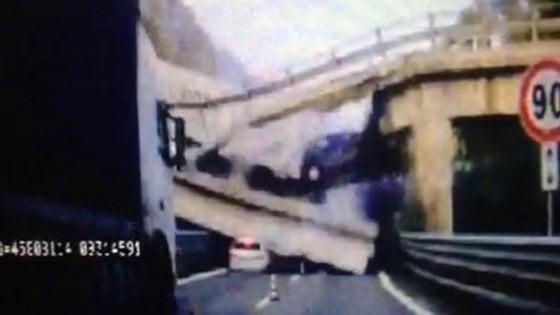 Tre indagati per il crollo del ponte