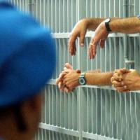 Detenuto si impicca in cella nel carcere di Monza