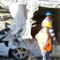 Cavalcavia crollato nel Lecchese, il peso del Tir era inferiore di 500 chili al limite
