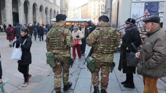 """Milano, """"la nostra via Padova non è il Bronx ma la città ci ha abbandonati"""""""