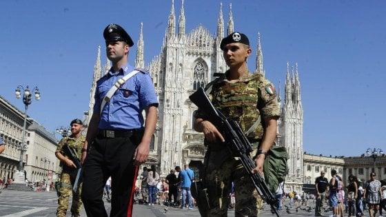 """Sicurezza, potenziata vigilanza su via Padova. Rozza: """"Militari anche a Corvetto, San Siro e via Gola"""""""