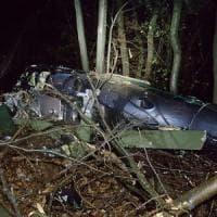 Elicottero precipitato nel Varesotto, il pilota indagato per omicidio colposo