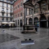 Milano, distrutte tutte le opere di Pao: cosa resta in piazza Mercanti