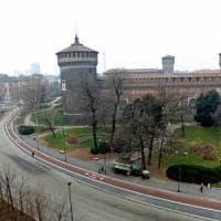 Milano: piazza Castello sarà riaperta a residenti, moto e taxi dalla fine