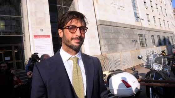 Milano, la procura chiede il rinvio a giudizio per Corona e Francesca Persi