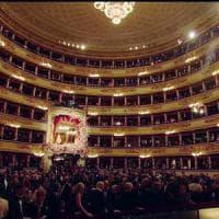 Scala, le proteste accendono la Butterfly, assenti i politici: in sala 13