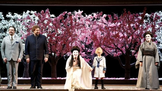 Prima, Madama Butterfly fa incassare alla Scala 1.950.000 euro. La Rai: premiati col 13,48% di share