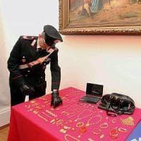Milano, 31 super ricettatori dell'oro finiscono alla sbarra: i ladri di mezza Italia...