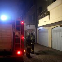 Milano, anziano muore carbonizzato nell'incendio del suo appartamento
