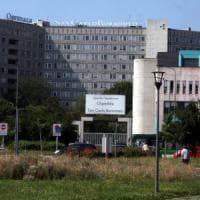 Milano, pedone investito da autobus: ricoverato in condizioni disperate