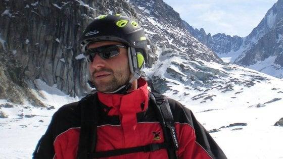 Val di Fiemme, sciatore 27enne cade e finisce fuori da pista innevata: sbatte contro un albero e muore