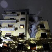 Milano, fiamme in una palazzina in zona Buenos Aires: muore 98enne invalida