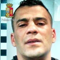 Milano, minaccia di farsi esplodere in commissariato: rimpatriato tunisino