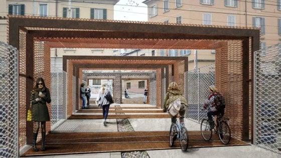 """Porta Genova, il gelo frena il cantiere: slitta l'apertura della passerella. I commercianti: """"Fate presto"""""""