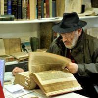Milano, in mostra la tesi di Umberto Eco: vale centomila euro