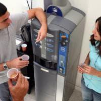 Milano, caffè e snack: le macchinette fruttano al Comune 320mila euro all'anno