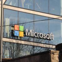 Porta Volta, spunta il logo di Microsoft su una delle piramidi Herzog