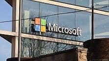Porta Volta, spunta il logo  di Microsoft  sulla piramide di Herzog