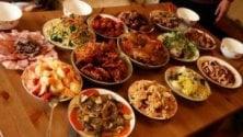 Cina, arriva l'anno del Gallo, festa nei ristoranti