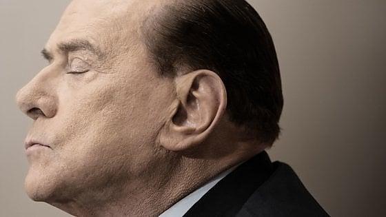 """Processo Ruby, """"soldi e shopping da D&G"""": così le olgettine pressavano Berlusconi"""