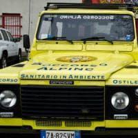 Varese, ritrovata la donna scomparsa: era finita fuori strada in un bosco