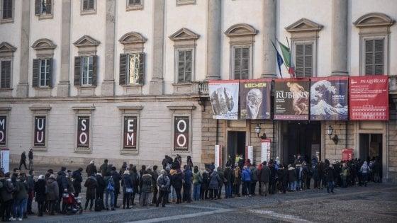 Milano, chiusura da record per Escher e Hokusai: mezzo milione di visitatori