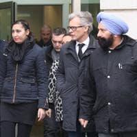 Diede fuoco alla moglie nel Bresciano: il tribunale lo condanna a 14 anni