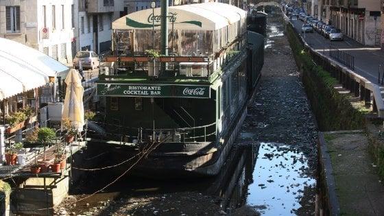 """La guerra dei barconi sul Naviglio, stop del Consiglio di Stato: """"Via entro 4 mesi"""""""