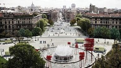 Isole digitali, 'buonapartini' e scalinate  i 10 progetti per piazza Castello  foto