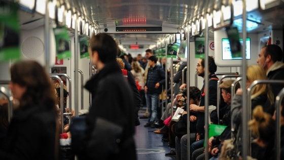 Milano, metropolitane e autobus: arrivano altri mini-tagli alle frequenze ma non in orari di punta