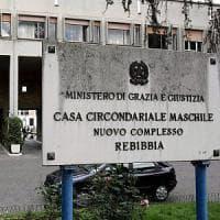 Milano, rapì la figlia per portarla in Siria: estradato in Italia. Ora si rifiuta di dire dove si trova la figlia