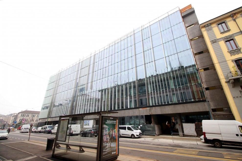 Milano vetro e acciaio per la cittadella amazon in porta - Amazon porta nuova ...