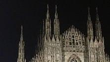 Che fine ha fatto    la Madonnina? Luci spente   sul Duomo