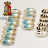 Milano, corriere della droga in treno da Parigi: aveva ingerito 64 ovuli di cocaina