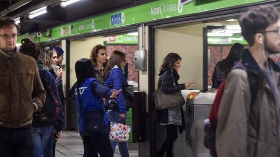 """Metrò Milano, stop per 2 ore e 30 alla circolazione della M2 tra Famagosta-Abbiategrasso. """"Verifiche agli impianti"""""""