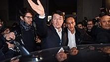 """Renzi ai militanti dem: """"Non tutto il Pd ha lavorato bene come voi"""""""