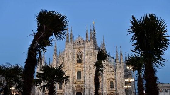 """Milano, Sala sulle palme in piazza Duomo: """"Anche su Instagram mi hanno bastonato in tanti"""""""