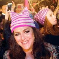 Milano, alla fashion week i Pussyhat di Angela Missoni: