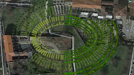 """Milano, dopo palme e banani la soprintendente rilancia: """"Mettiamo gli alberi dove c'è l'Anfiteatro"""""""