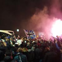 Orio al Serio, aeroporto invaso dai tifosi dell'Atalanta: petardi e fumogeni per la vittoria a Napoli