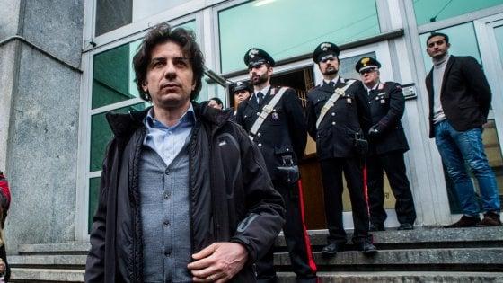 """Dj Fabo, Cappato in caserma a Milano: """"La morte dignitosa non sia un privilegio a pagamento"""""""