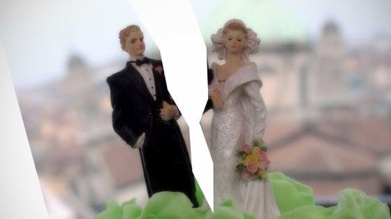 Milano, tra divorzi brevi e negoziazioni assistite è boom di coppie che si dicono addio