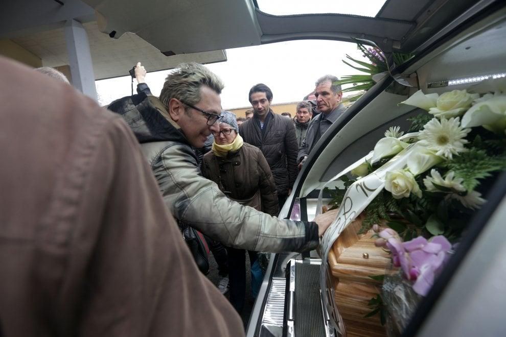 A Milano i funerali di Leone di Lernia