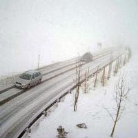 Maltempo, bufera di neve in Valtellina: disagi alla circolazione