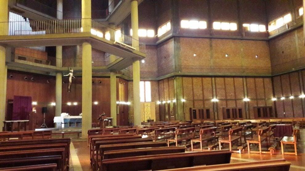 Milano, la preghiera per dj Fabo nella 'sua' chiesa: l'infanzia in oratorio
