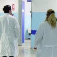 Cremona: partorisce il nono figlio e muore dopo essere stata dimessa, 20 indagati